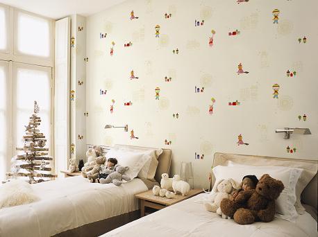 Giấy dán tường phòng ngủ dễ thương