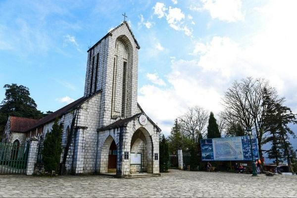 Nhà thờ cổ - Điểm du lịch thu hút ở Sapa