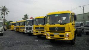 Xe vận chuyển hàng hóa từ Bình Dường đi Hà Nội