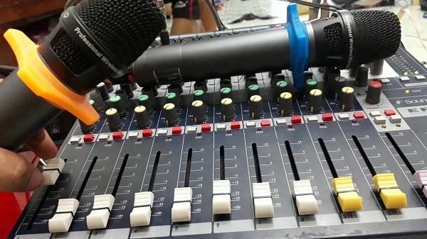 Mixer chuyên phục vụ cho âm thanh sân khấu