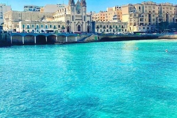 Malta là một quốc đảo xinh đẹp nằm ở Địa Trung Hải