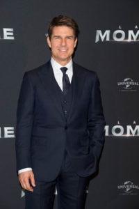 Tom Cruise đầy nam tính với bộ vest