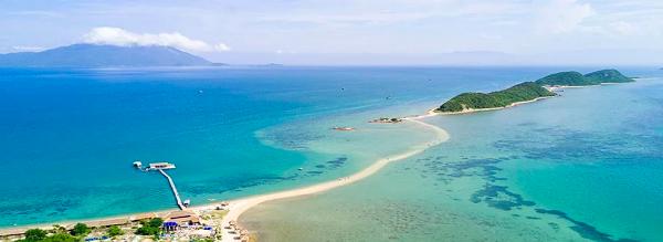 Đảo Điệp Sơn - Con đường đi bộ trên biển duy nhất tại Việt Nam