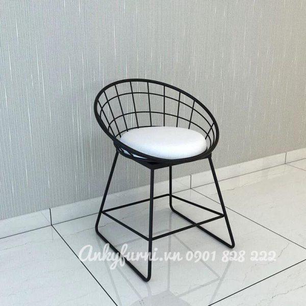 Ghế sắt cafe mỹ thuật