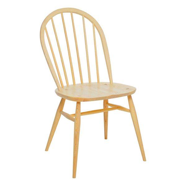 Mẫu ghế với chất liệu bằng gỗ cao cấp