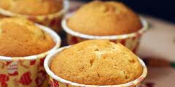 Sử dụng lò nướng bánh công nghiệp giúp sản phẩm tạo ra đồng đều chất lượng, thơm ngon