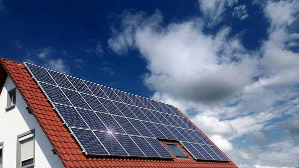 Đơn vị QVN Solar chuyên cung cấp pin năng lượng mặt trời.