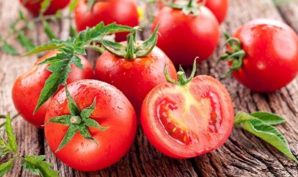 Quả cà chua - Thực phẩm chống lão hóa cho nữ